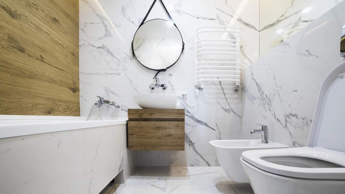 Как расхламить ванную комнату: лайфхаки и советы