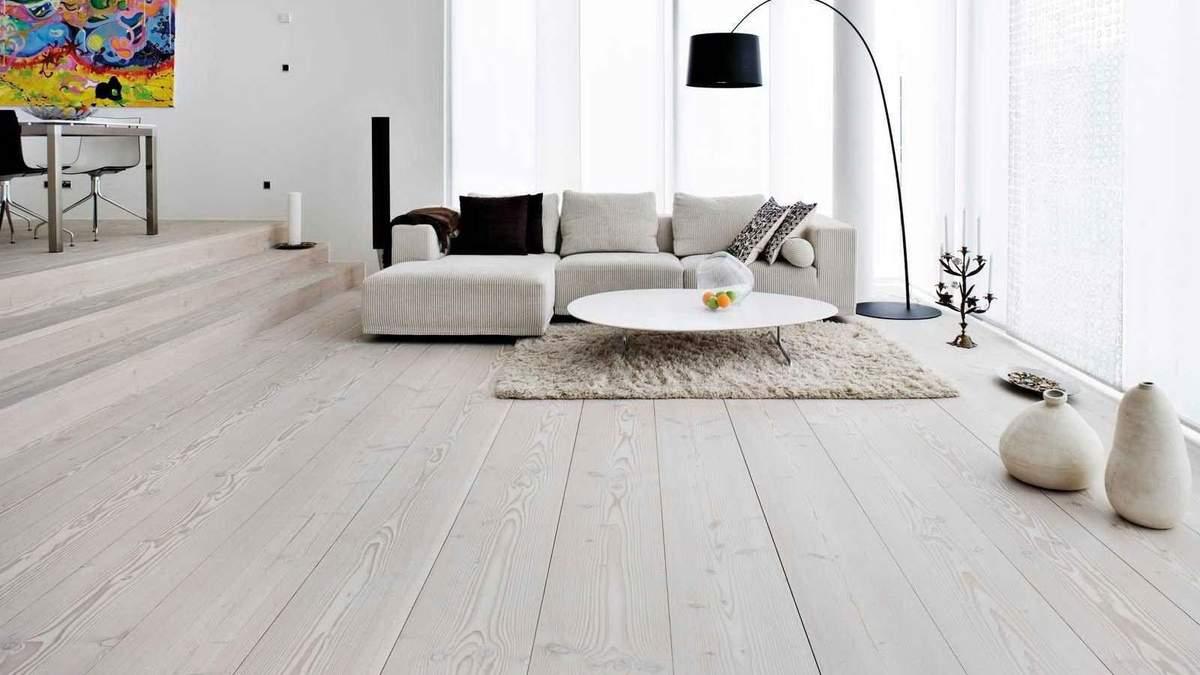 Світла підлога в інтер'єрі квартири чи будинку: всі за й проти
