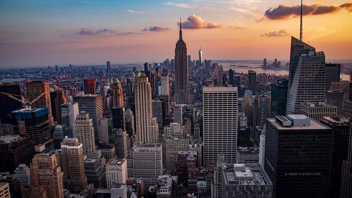 В Нью-Йорке на Манхэттене решили поселить бездомных: произошел скандал