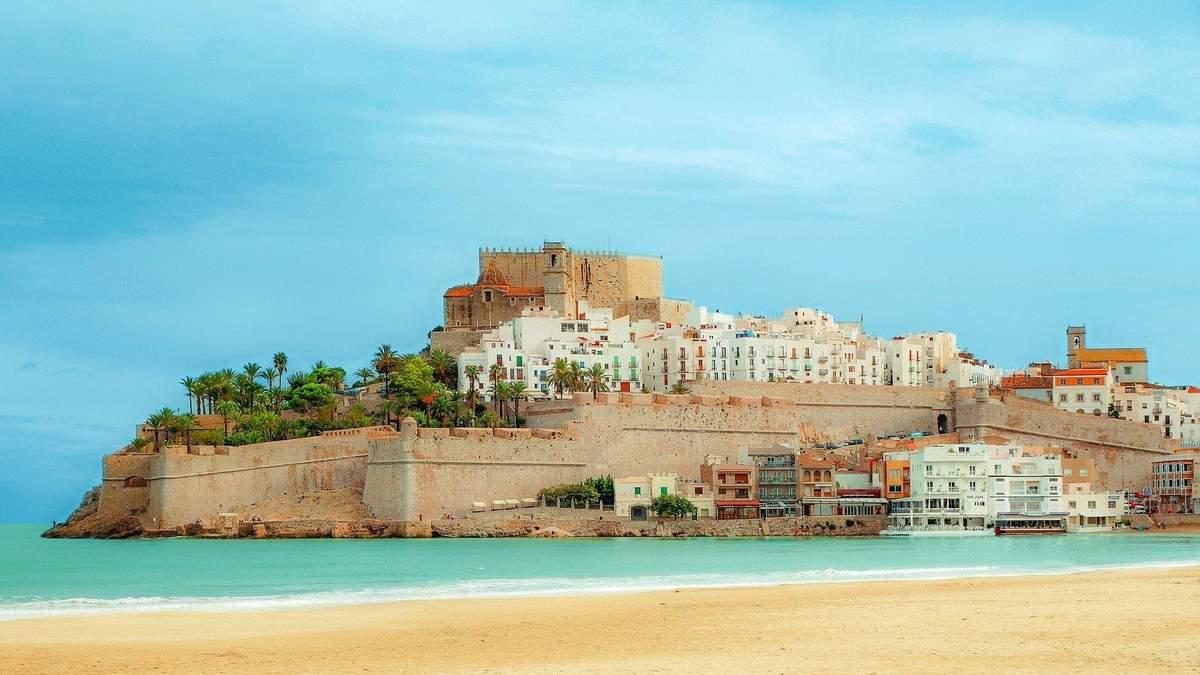 В Испании устроили распродажу квартир у моря: за сколько можно купить жилье