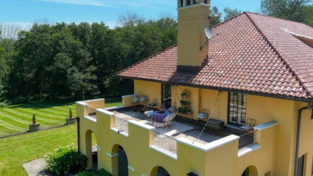 В США выставили на продажу дом Марка Твена: фото роскошного особняка