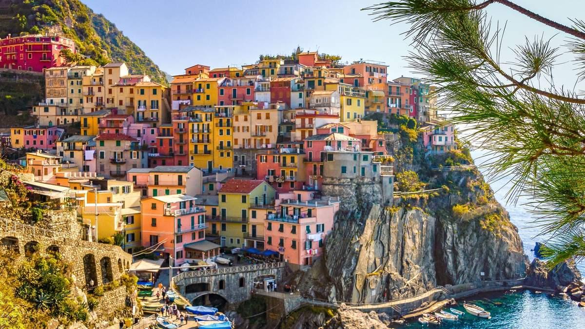 Місто в Італії підвищило ціни на будинки з одного до двох євро: що і де можна купити