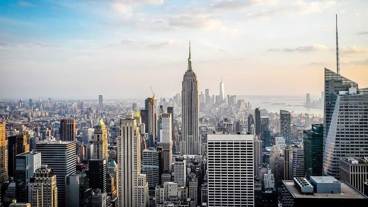 Небоскребам в Нью-Йорке предсказали крах: что произошло - фото