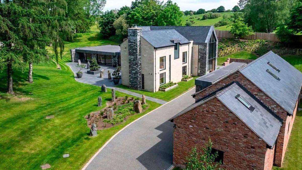 Як виглядає будинок Кріштіану Роналду в Манчестері: фото ефектного інтер'єру - Нерухомість