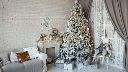 Где найти место для новогодней елки в маленькой квартире: 4 идеи