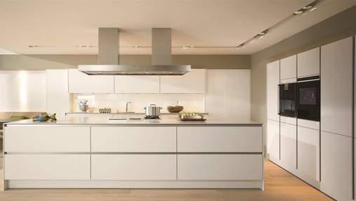 Кухня без ручок: 5 різних рішень, які вам сподобаються