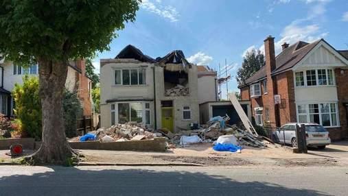 Превратил дом в руины: строитель жестоко отомстил владельцу объекта – фото до и после