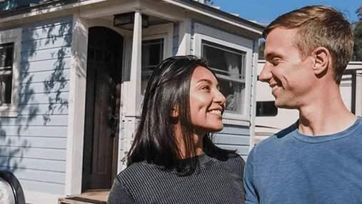 Пара купила частный остров и построила на нем 2 крошечных дома: фото результата